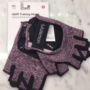 Lululemon NWT, Uplift Training Gloves